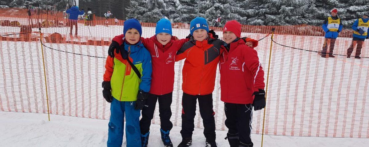 v.l.: Tim Storch, Finn Jackl, Benni Tyss und Justus Hövel